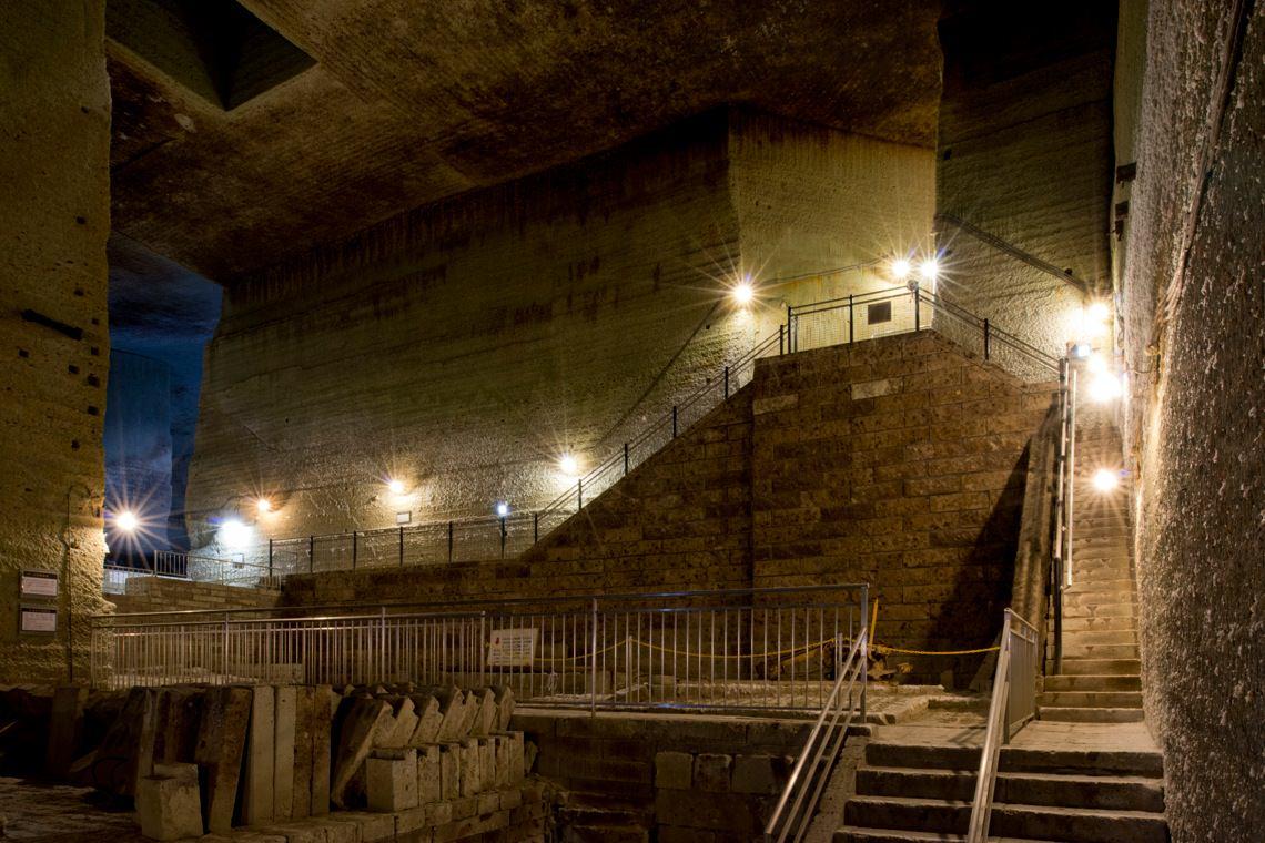 【新宿発】巨大地下空間と佐野プレミアムアウトレットでお買物